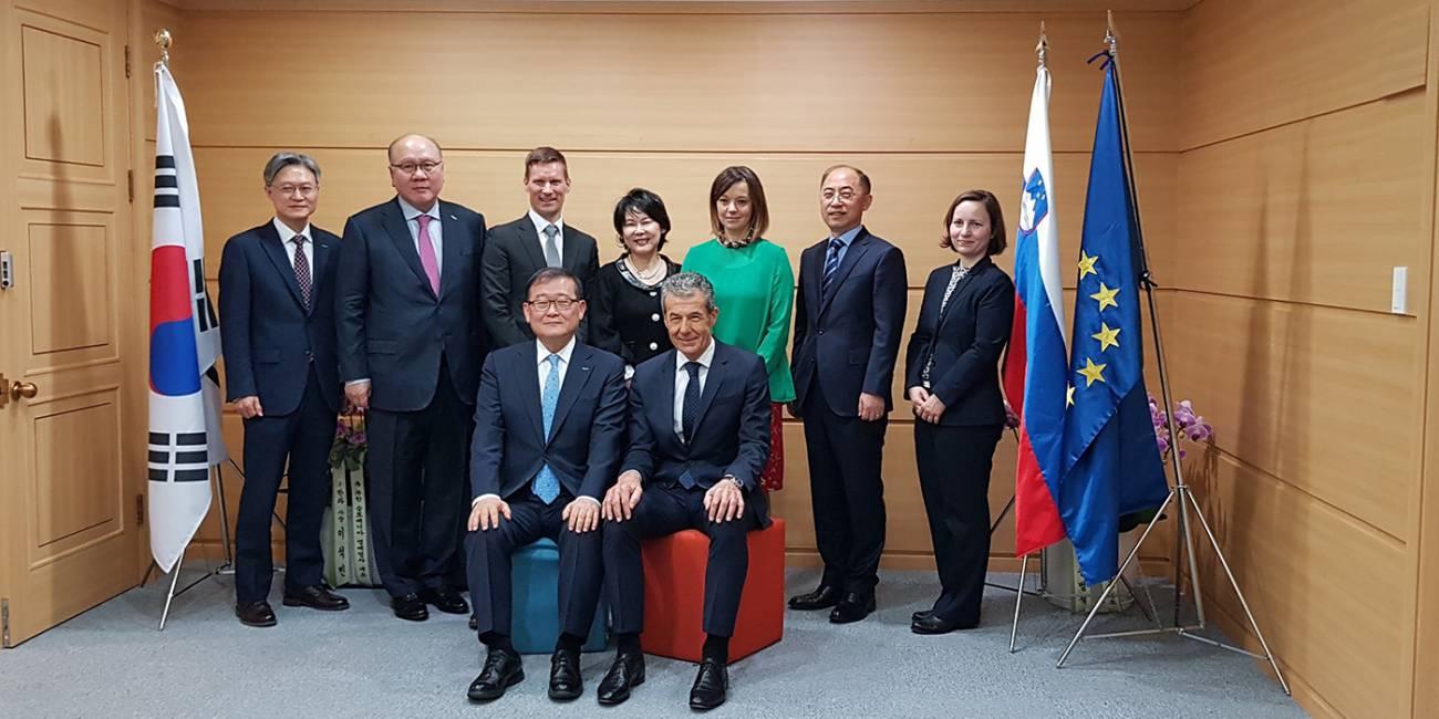 Odprtje slovenskega konzulata v Južni Koreji in imenovanje novega častnega konzula za Slovenijo
