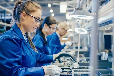 Kvalificirani proizvodni delavec/delavka