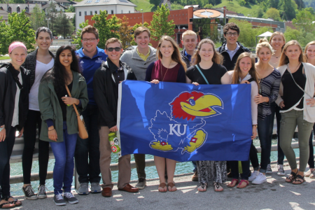 Students from America visit Kolektor