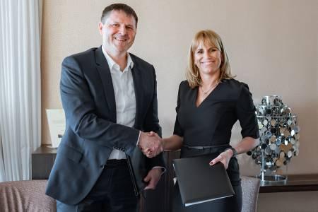 Kolektor in Microsoft napovedala sodelovanje pri rešitvah za pametne tovarne